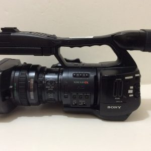 Sony PMW-EX1 XDCam Camcorder, 430 hours No mic holder on Camera