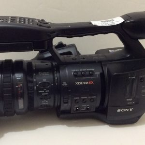 Sony PMW-EX1 XDCam Camcorder, 35 hours Parts / As Is Needs Audio Repair No mic holder on Camera